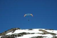 lot paralotnią w górach